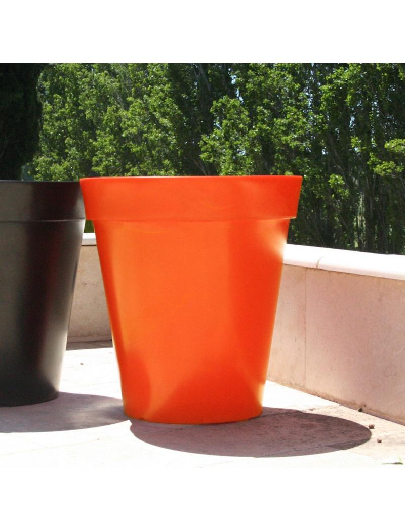 Pot coco orange mood by ace bac plastique et rotomoul jardin concept - Chauffage pot de fleur ...