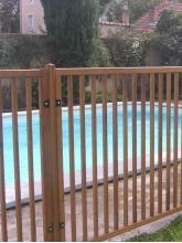 Clôture de sécurité piscine bois