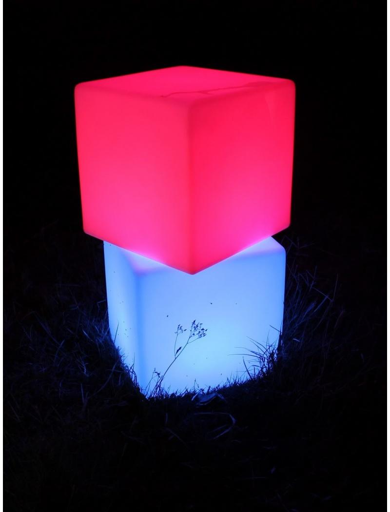 Cube lumineux étanche à LED 20cm (vendus par 4)