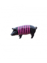 Cochon noir avec marinière rose