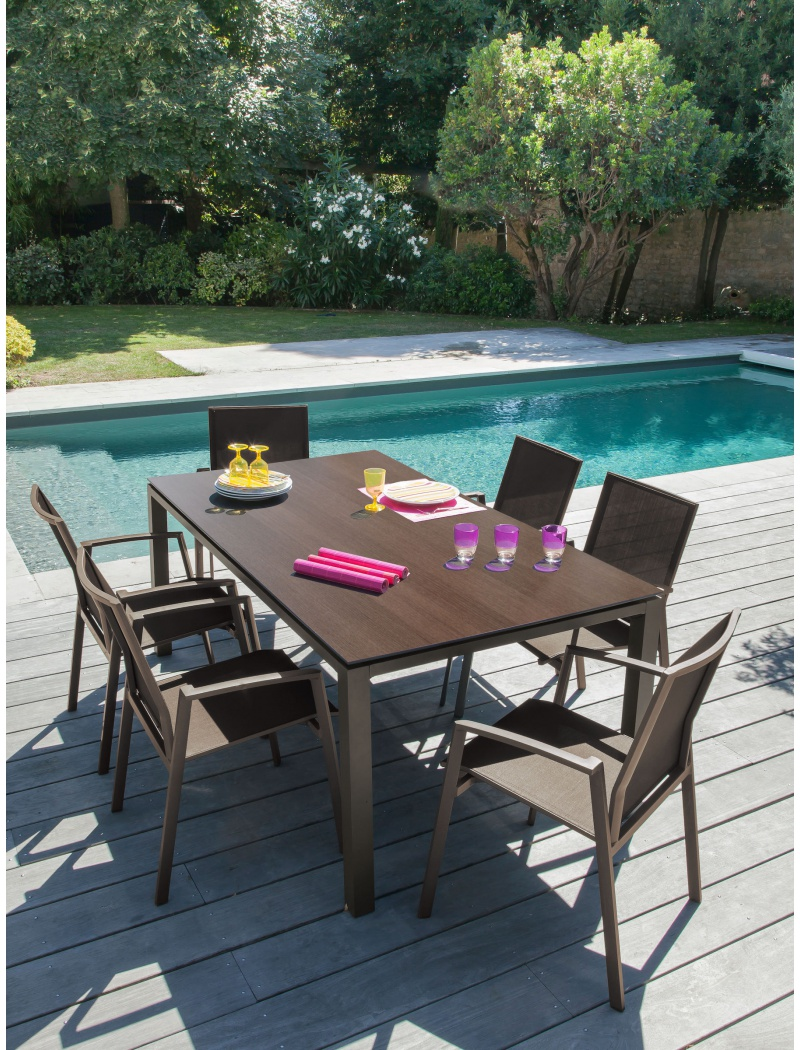 table stoneo plateau trespa caf cedar proloisirs tables de jardin en aluminium jardin concept. Black Bedroom Furniture Sets. Home Design Ideas