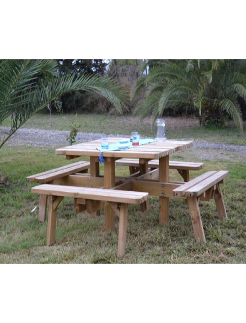 Table de jardin en bois : table carrée en pin traité