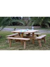 Table pique-nique carrée en bois - 8 places
