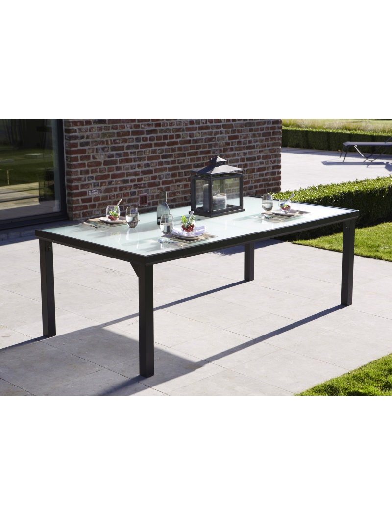 Table Blacksun 8 Personnes Noire Wilsa Garden