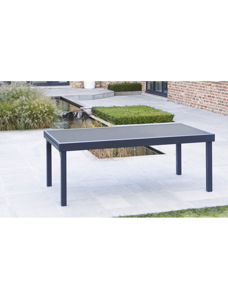 table modulo noire 8 12 personnes wilsa tables de jardin en aluminium jardin concept. Black Bedroom Furniture Sets. Home Design Ideas